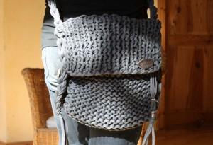 Handtasche aus Textilgarn selber stricken
