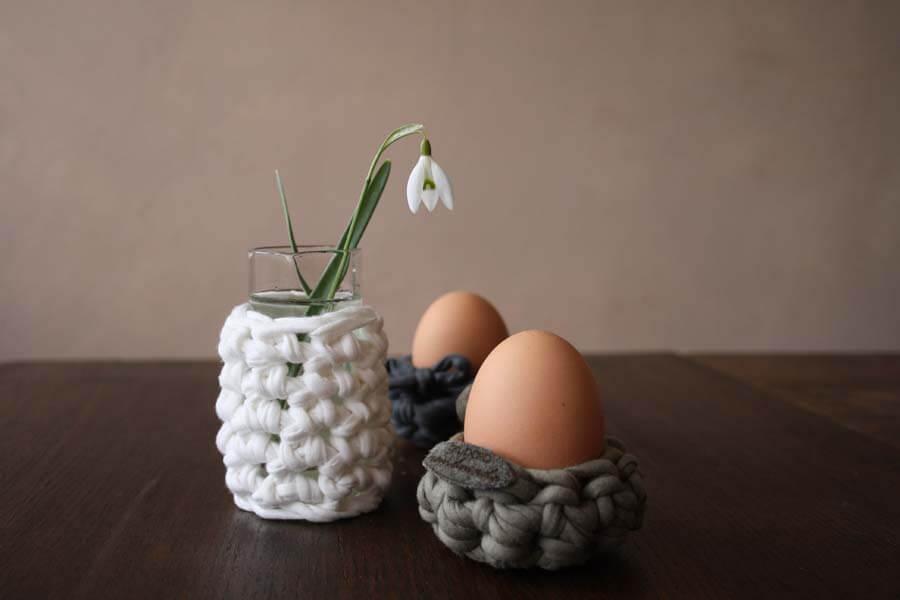 Anleitung Eierbecher mit Textilgarn 35