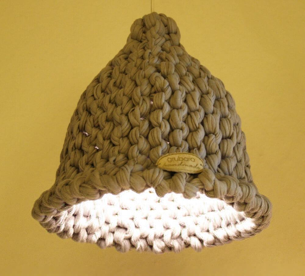 Gestrickter Lampenschirm
