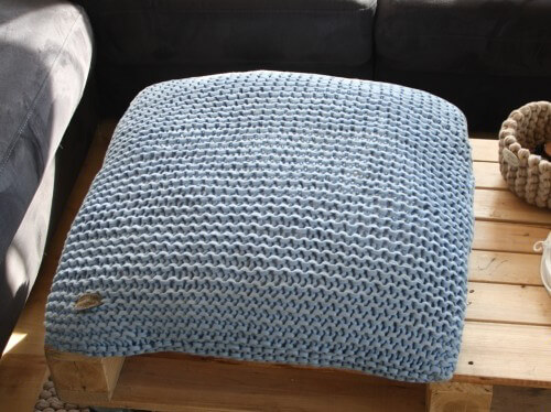 kissen stricken z b sofakissen bodenkissen kuschelkissen. Black Bedroom Furniture Sets. Home Design Ideas